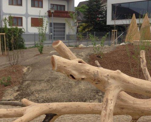 Holzspielplatz Volksschule
